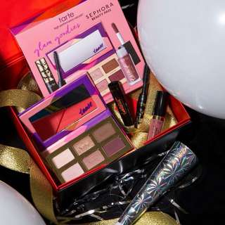 Tarte Make Up set.