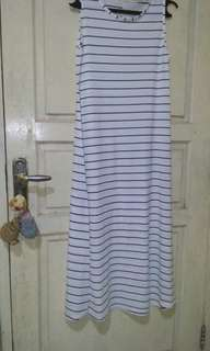 Long dress stripe