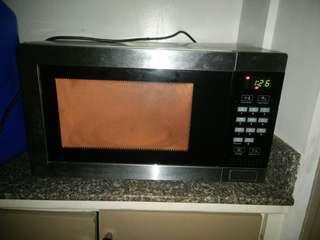 Homemaker microwave with defrost