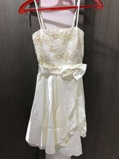 White bride dress