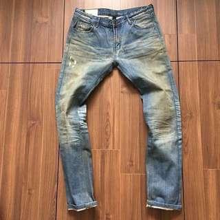 REMIX 藍色 刷白 小破壞 牛仔褲 上漿 硬挺 34 破褲