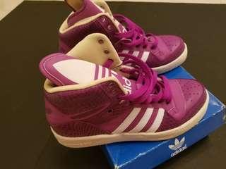 Adidas 波鞋 M ATTITUDS LOGO W