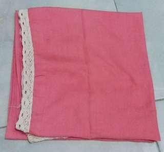Hijab Segiempat Renda Pink