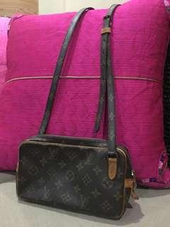 AUTH LV SLING BAG ( VINTAGE )