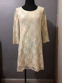 Pre Loved Forever 21 Lace Fitted Dress