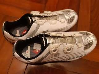 全新 S-Works碳纖Lock鞋 尺碼38 超輕!