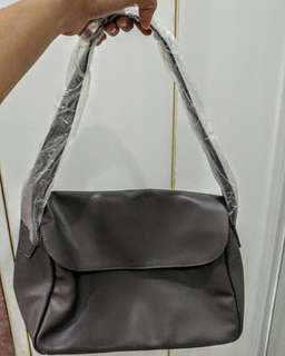 Shoulder bag (Gray)