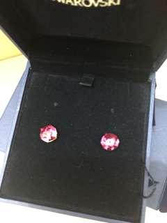 Swarovski 桃紅色閃閃耳釘