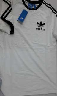 🚚 短袖T恤三葉草 size L  Adidas