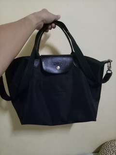 Longchamp (Black)