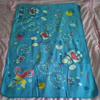 哆啦a夢毛毯