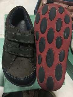 Clarks shoe boy