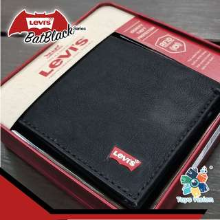 全新 Levi's Bat-Black Red Logo Leather Mens' Wallet 真皮銀包, 黑色