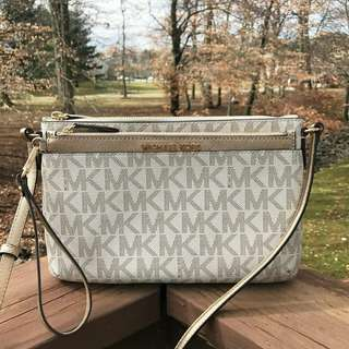 MICHAEL KORS LARGE CROSSBODY IN VANILLA PALEGOLD