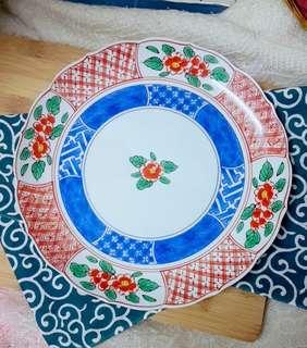 Traditional vintage design Tachikichi plum flower porcelain plate