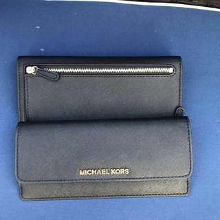 MICHAEL KORS FALT WALLET IN BLACK