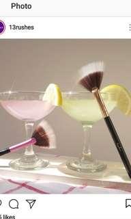 13ruhes duo-Fibre highlighter fan brush black handle