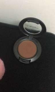 Mac - A little folie eyeshadow