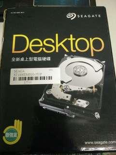 桌上型硬碟 Seagate 1TB 3.5吋SATAⅢ硬碟 (ST1000DM010-3Y/P)