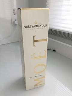 Moet Champagne 750ml