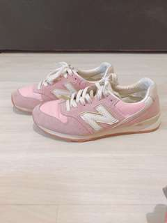 🚚 New balance粉色跑鞋