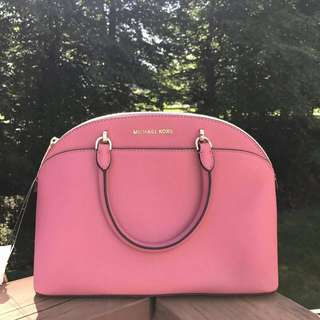 MICHAEL KORS EMMY LARGE DOME IN TULIP