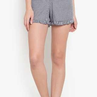 LF: Ruffled Shorts