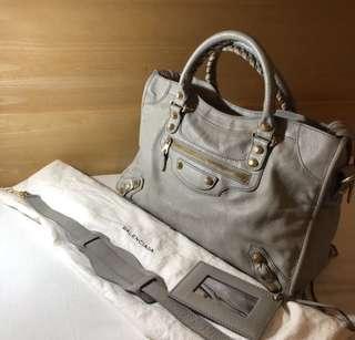 EXCELLENT Balenciaga city griss mggh 2013 with strap, mirror and dustbag