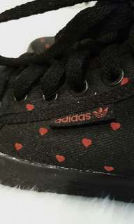 Size 5.5 | Authentic Adidas Limited Edition