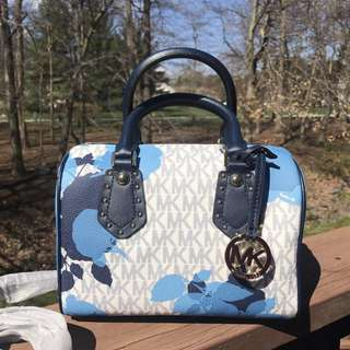 MICHAEL KORS ARIA FLORAL IN NAVY