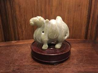 舊青玉駱駝擺件
