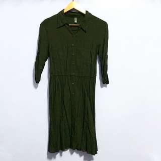 Black Buttondown Polo Dress (garterized waist)