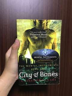 The Mortal Instruments Book One: City of Bones
