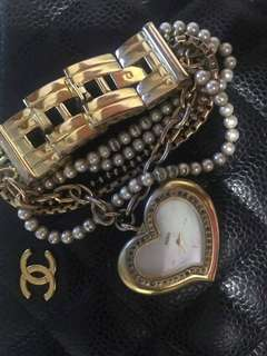 100% Authentic Guess Pearl Gold Hardware