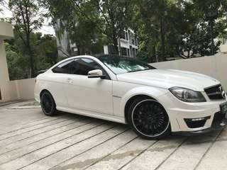 Mercedes-Benz C63 Coupe Auto AMG