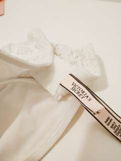 100% New Victoria's Secret White Bralette Strapless bra