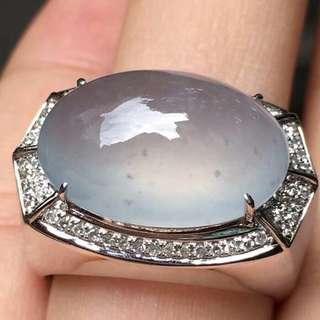GZ-19批發價[色] : ¥16600 【高冰木那料,男士大戒指】 自然光拍攝,霸氣十足,冰透水潤細膩,大件飽滿,完美,18K金奢華鑽石鑲嵌