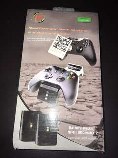 XBOX ONE DUAL CHARGER DOCK STATION