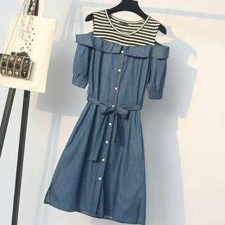 E31017 大碼裝時尚假兩件拼接露肩牛仔連衣裙(單色藍色)