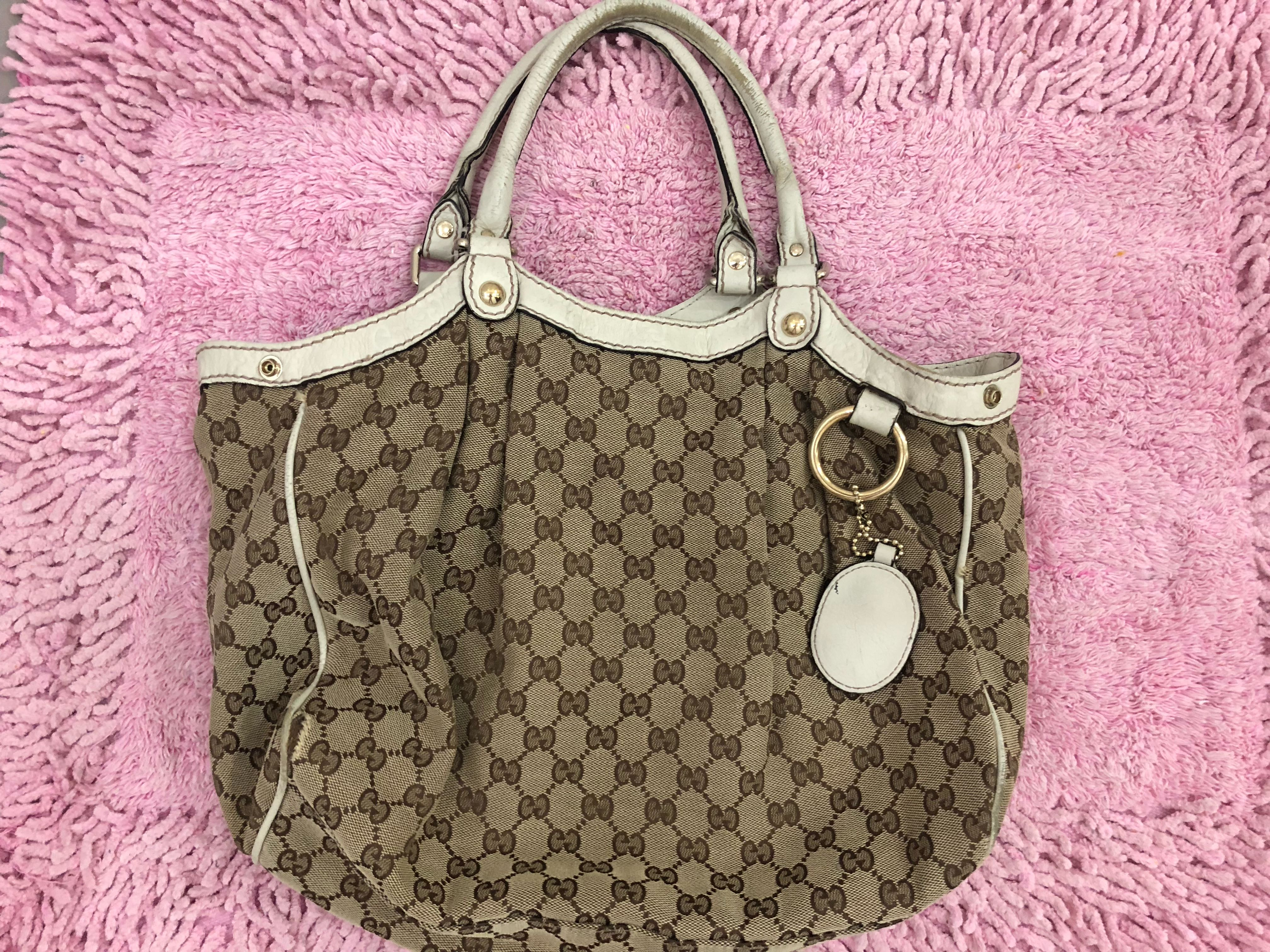 27b3d9045 Gucci Bag, Women's Fashion, Bags & Wallets on Carousell