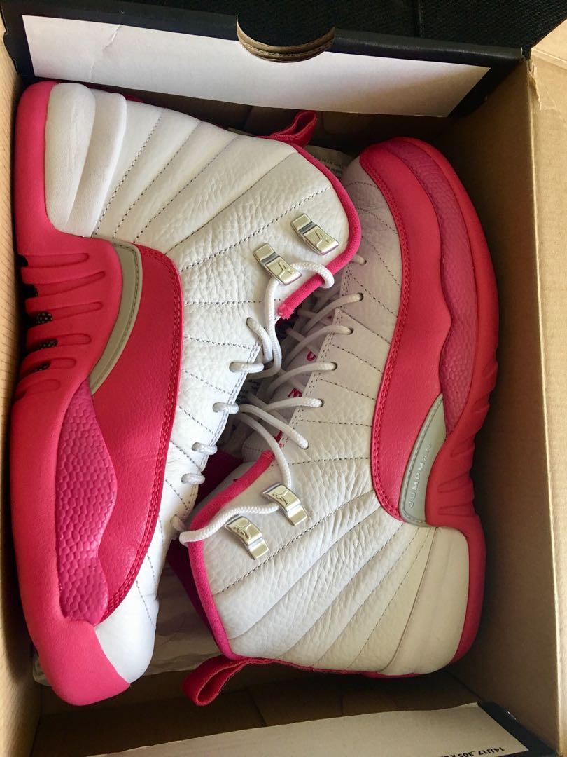 Jordan 12 valentine