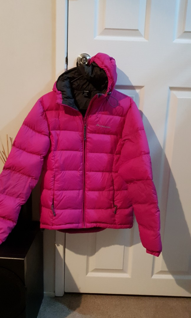 Macpac hooded puffer jacket women's size 6