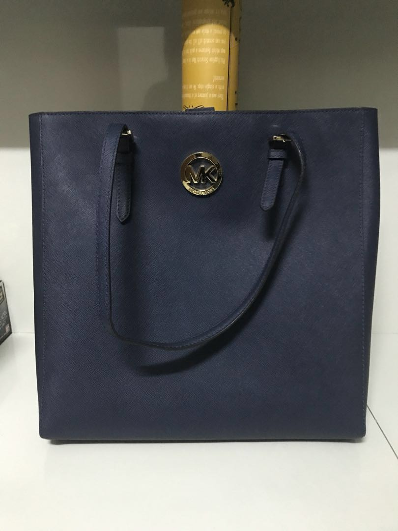fb3a579ce85b Michael Kors Jet Set Travel Large NS Tote Bag Navy Saffiano Leather ...
