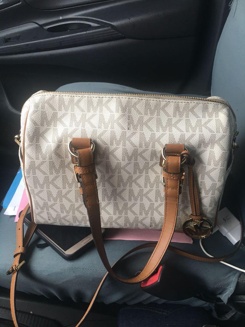 1d3d5035ac8b MK authentic greyson bag