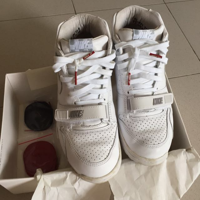 huge discount e681c f172e Nike Air Trainer 1 Mid Sp Fragment, Men s Fashion, Footwear on Carousell