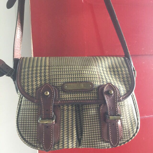 aeb2570f7c ... coupon for polo ralph lauren sling bag preloved womens fashion bags  wallets on carousell 70d7d ac88a
