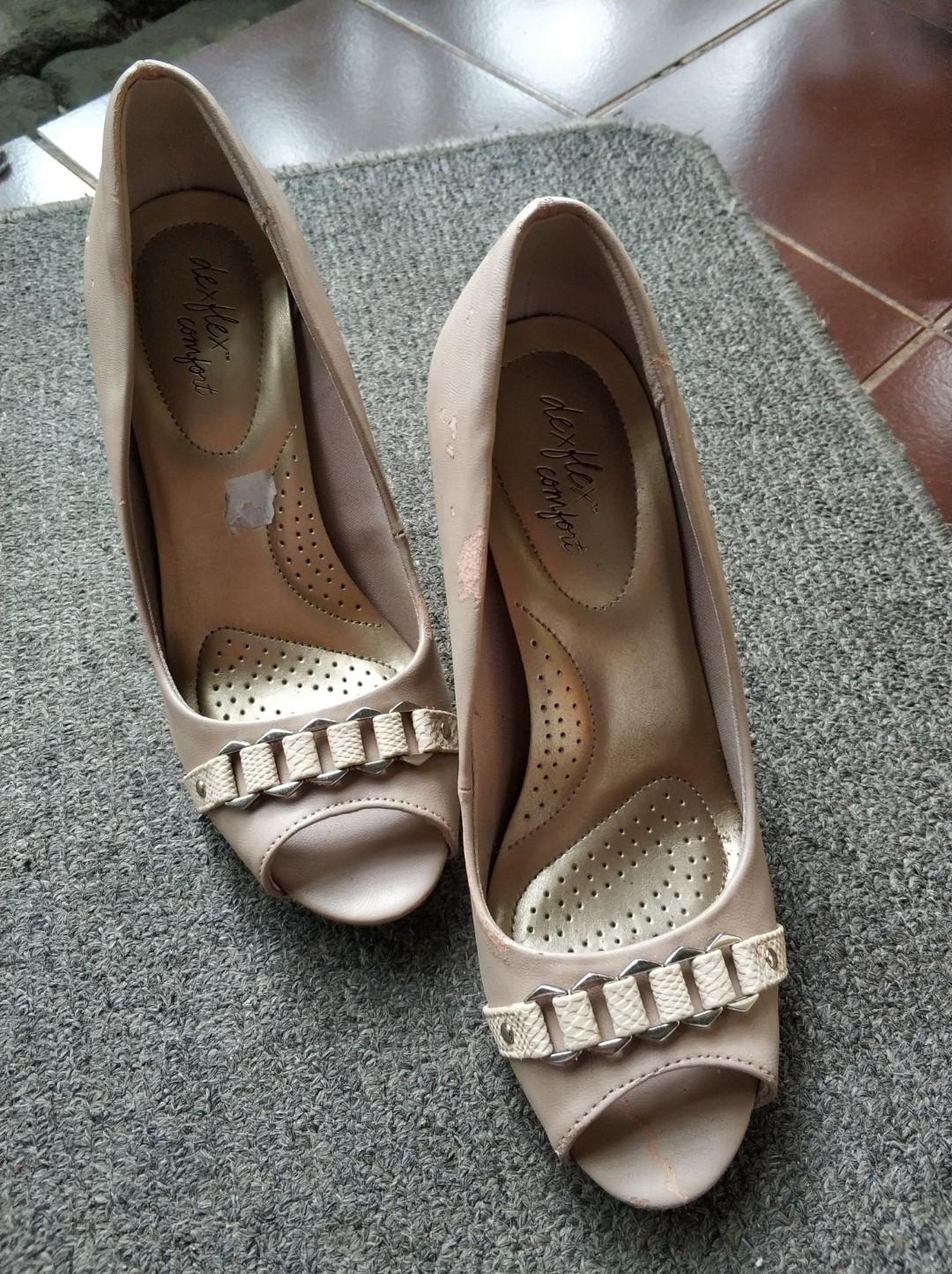 082c84cbfd3e Preloved  High Heels Dexflex Comfort size 7 38