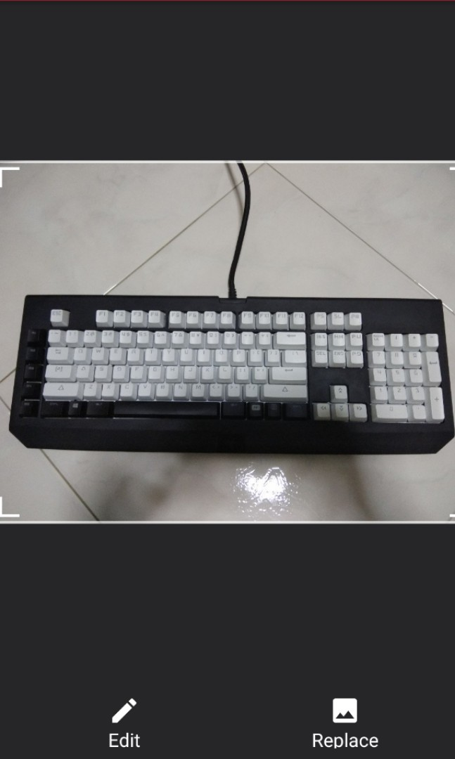 ec52f716583 Razer Blackwidow Keyboard w optional white keycaps, Electronics, Computer  Parts & Accessories on Carousell