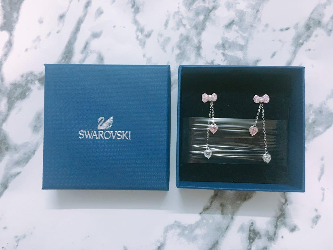 Swarovski Hello Kitty earrings 5ad9ce398fa03