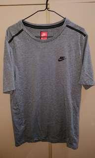 Nike t-shirt running 跑步